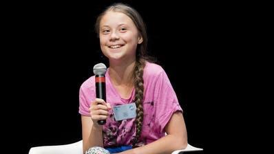 Die 16-jährige Greta Thunberg will in Lausanne helfen, die Klimabewegung am Leben zu erhalten und konkrete Erfolge zu erwirken. (KEYSTONE/Jean-Christophe Bott)