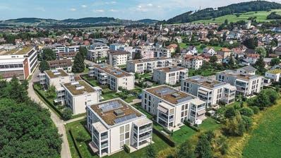 Das Sirnacher Quartier Murgau zeigt, wie die Gemeinde nach wie vor ins Grüne wächst. (Bild: Olaf Kühne)