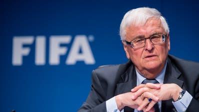 Theo Zwanziger, der ehemalige Präsident des Deutschen Fussballbundes, muss sich vor dem Bundesstrafgericht verantworten. (Bild: Keystone)