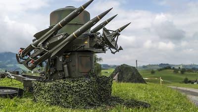 Schweizer Armee erprobt bis Ende September in Menzingen neue Flugabwehrsysteme