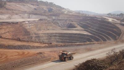 Wird bis zum Jahresende runtergefahren und dann stillgelegt: Kobaltmine Mutanda im Kongo. (Bild: Simon Dawson/Bloomberg, 1. August 2012)