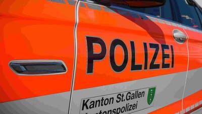 Geburtstagsfeste mit Musik und feiernde Sportfans: Insgesamt 19 Mal musste die Kantonspolizei St.Gallen wegen Ruhestörungen ausrücken. (Bild: PD)