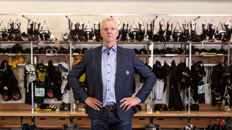 Der meisterliche Dompteur und seine Schillerfalter: Kari Jalonen strebt mit dem SC Bern seinen dritten Titel in vier Jahren an