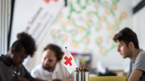 Asylwesen: Bund vergibt Millionen-Aufträge für Betreuungsdienstleistungen