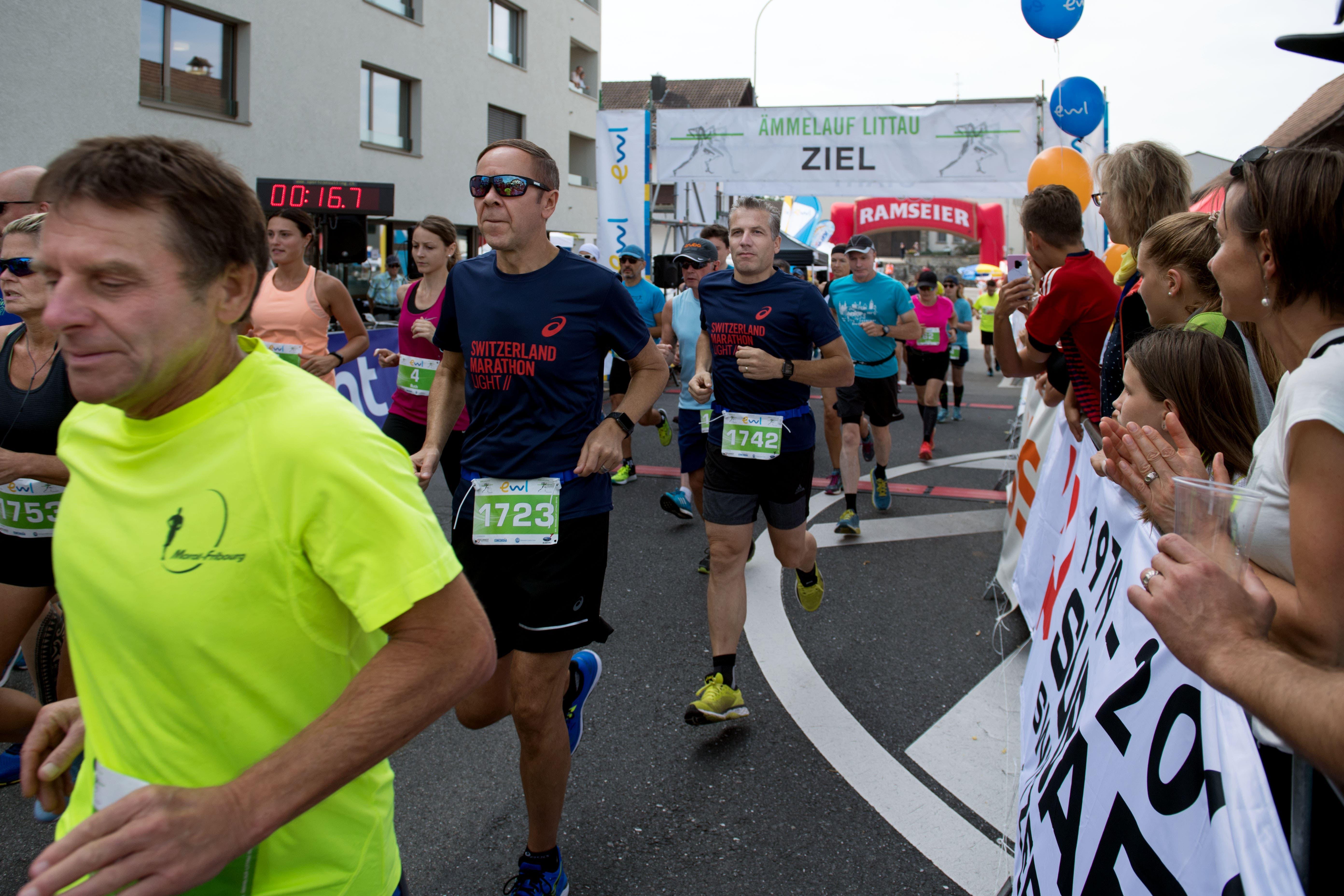Stefan Dober aus Ebikon (links) und André Hagmann aus Root beim Start. (Bild: Eveline Beerkircher, Littau, 14. September 2019)