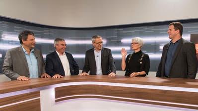 Im TVO-Studio:Alex Granato (SP), Josef Gemperle (CVP), Moderator André Moesch, Brigitte Kaufmann (FDP) und Manuel Strupler (SVP). (Bild: Lisa Jenny)