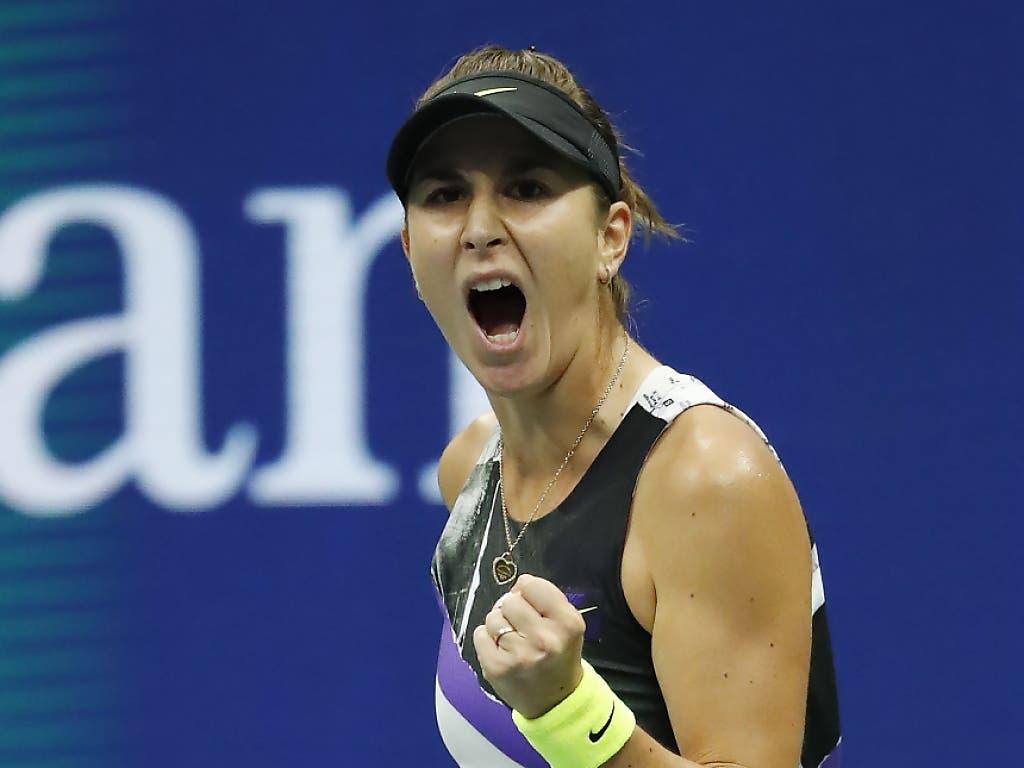 Was für eine Vorstellung! Belinda Bencic gewann im Achtelfinal des US Open gegen die Titelverteidigerin und Weltnummer 1 Naomi Osaka (Bild: KEYSTONE/EPA/JOHN G. MABANGLO)