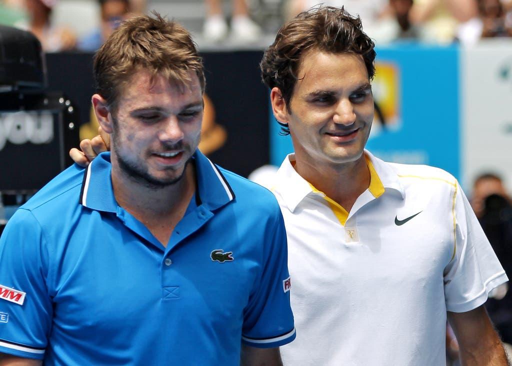 2011: Viertelfinal Australian Open: Federer s. Wawrinka 6:1, 6:3, 6:3Beide lachen, aber nur einer hat gewonnen. Roger Federer räumt in Melbourne in der Runde der letzten 8 seinen Landsmann ohne Probleme aus dem Weg. Im Halbfinale schied Federer schliesslich gegen Djokovic in drei Sätzen aus. (Bild: Keystone)