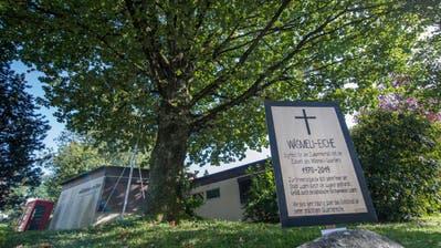 Quartierbewohner trauern um ihre «Wäsmeli-Eiche», die für ein Bauprojekt gefällt werden soll. (Bild: Boris Bürgisser, Luzern, 16. September 2019)