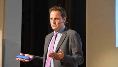 Jens Korte war Gast bei den Toggenburger Raiffeisenbanken. (Bild: Ruben Schönenberger)