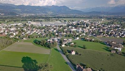 Das Rheintal – im Bild die Gemeinde Oberriet – ist für den Metroraum Bodensee wichtig. (Bild: Kurt Latzer)
