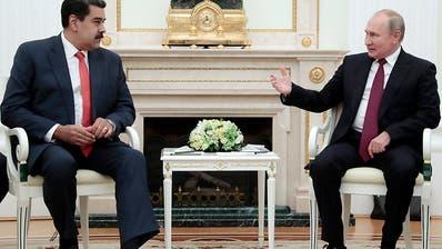 Machtkampf in Venezuela: Moskau sichert Maduro weitere Hilfe zu