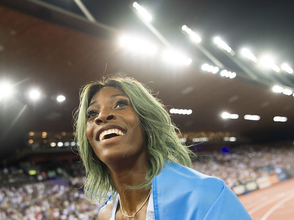 Welche Farbe darf es dann heute sein? Bei Weltklasse Zürich kolorierte Shaunae Miller-Uibo ihr Haar grün. (Bild: KEYSTONE/JEAN-CHRISTOPHE BOTT)