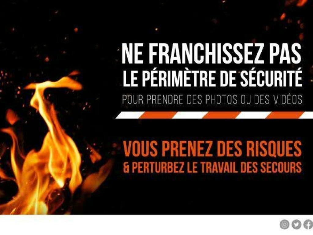 In einer Chemiefabrik der nordfranzösischen Stadt Rouen brennt es. Die Polizei rät den Bürgern, den Bereich zu meiden. (Bild: Police national de la Seine-Maritime/Twitter)