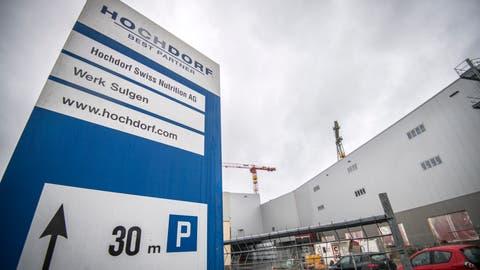 Die Hochdorf Swiss Nutrition AG hatin Sulgen gegen 90 Millionen Franken in die Modernisierung und einen Erweiterungsbau investiert Bilder: Reto Martin