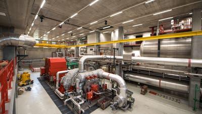 Für den Wärmeverbund Ennetsee wird Abwärme der KehrichtverbrennungsanlageRenergia in Perlen benutzt. (Bild RogerGruetter, 29. Mai 2018)