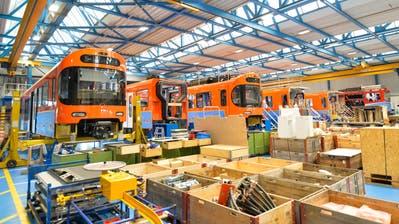 Blick in die Produktion im Stadler-Werk am Hauptsitz in Bussnang. (Bild: Donato Caspari,12. August 2019)