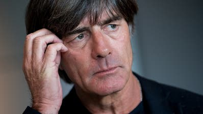 Tritt Joachim Löw zurück? «Das war nie ein Thema, obwohl die WM-Enttäuschung riesig war.» (Bild: Keystone)