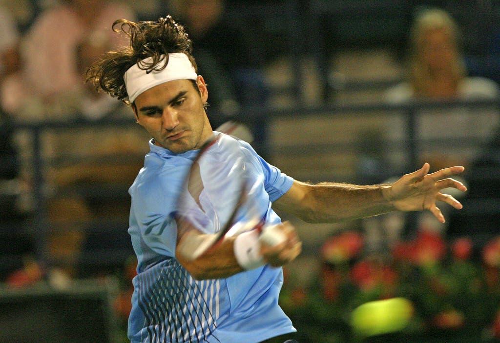 2006: Sechzehntelfinal Dubai: Federer s. Wawrinka 7:6 (7:3), 6:3Im zweiten Duell hält Wawrinka schon besser mit. Dennoch lässt Federer auch in Dubai nichts anbrennen und schaltet seinen Schweizer Kontrahenten in seinem ersten Match des Turniers aus. Er braucht dafür lediglich 81 Minuten. (Bild: Keystone)