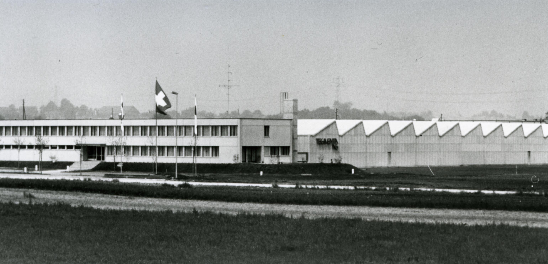Fabrikareal der Tegimenta AG in Rotkreuz in den 1970er-Jahren (Bild: Roche)