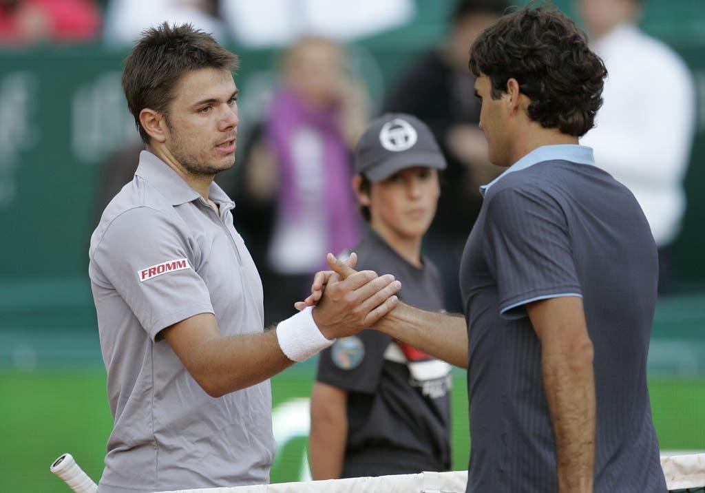 2009: Achtelfinal Monte Carlo: Wawrinka s. Federer 6:4, 7:5Drei Jahre nach dem letzten Duell stehen sich die beiden Schweizer im Fürstentum von Monaco gegenüber. Dabei gelingt dem Romand eine dicke Überraschung. Er schaltet Federer in den Achtelfinals aus. Später wird er im Halbfinale von Novak Djokovic gestoppt. (Bild: Keystone)