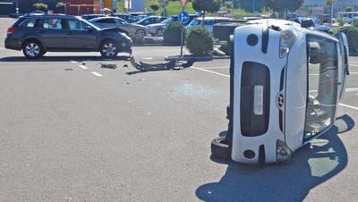 Beim Unfall wurden zwei Personen verletzt. (Bild: Kapo TG)
