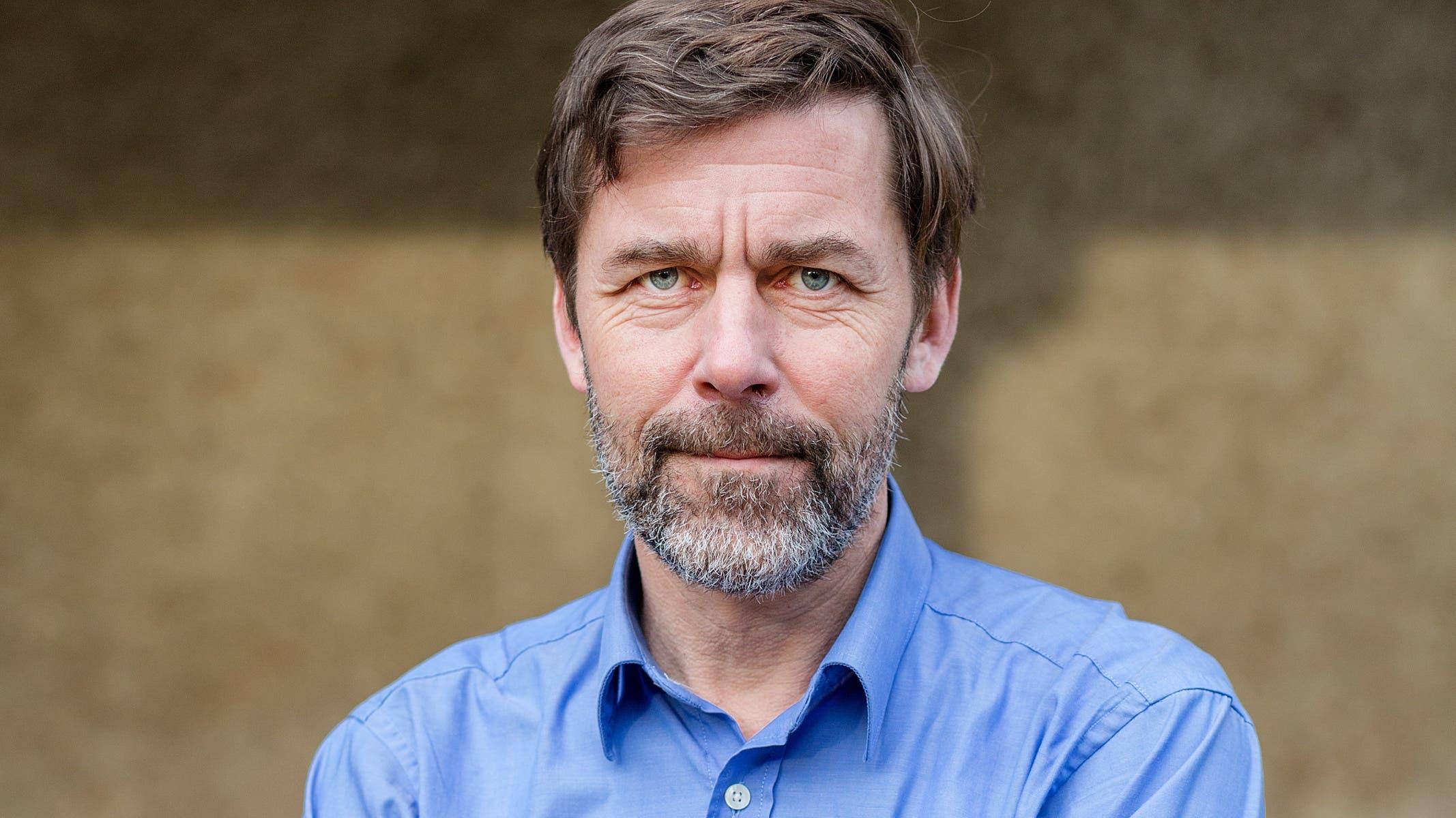 Peter Stamm: Mit Peter Stamm ist auf der Liste der Grünen ein bekannter Schweizer Schriftsteller zu finden. Allerdings ganz am Ende der Liste, sodass seine Wahlchancen nahe bei null sind. (Bild: AZ)