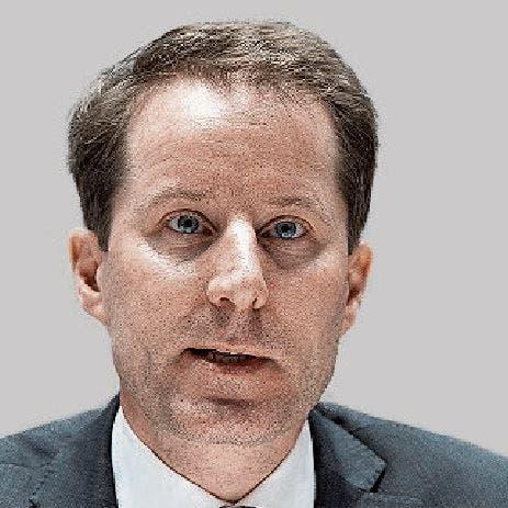 SVP-Nationalrat Thomas Aeschi führt die SVP-Fraktion im Bundeshaus. Auch wenn die SVP national etwas schwächelt, die Wiederwahl des Baarers ist wie jene Pfisters nicht gefährdet.