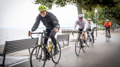 Rund 3500 Velofahrerinnen und Velofahrer fuhren um den Bodensee. (Bild: Ralph Ribi)