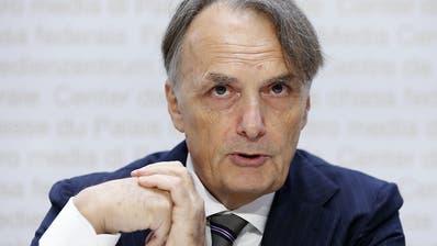 Bund legt vorläufig zwei Bundesasylzentren still