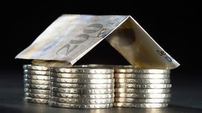 Das Häuschen mit einer Libor-Hypothek finanziert? Die Abschaffung des Referenzzinses bringt Unsicherheiten mit sich. (Gaetan Bally, KEYSTONE)
