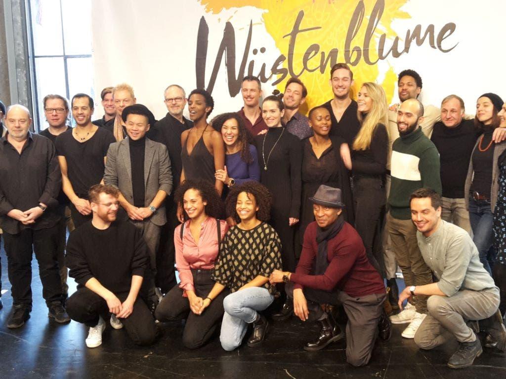 Das Team der St. Galler Musical-Produktion «Wüstenblume»: Die Proben für die Uraufführung am 22. Februar haben begonnen.