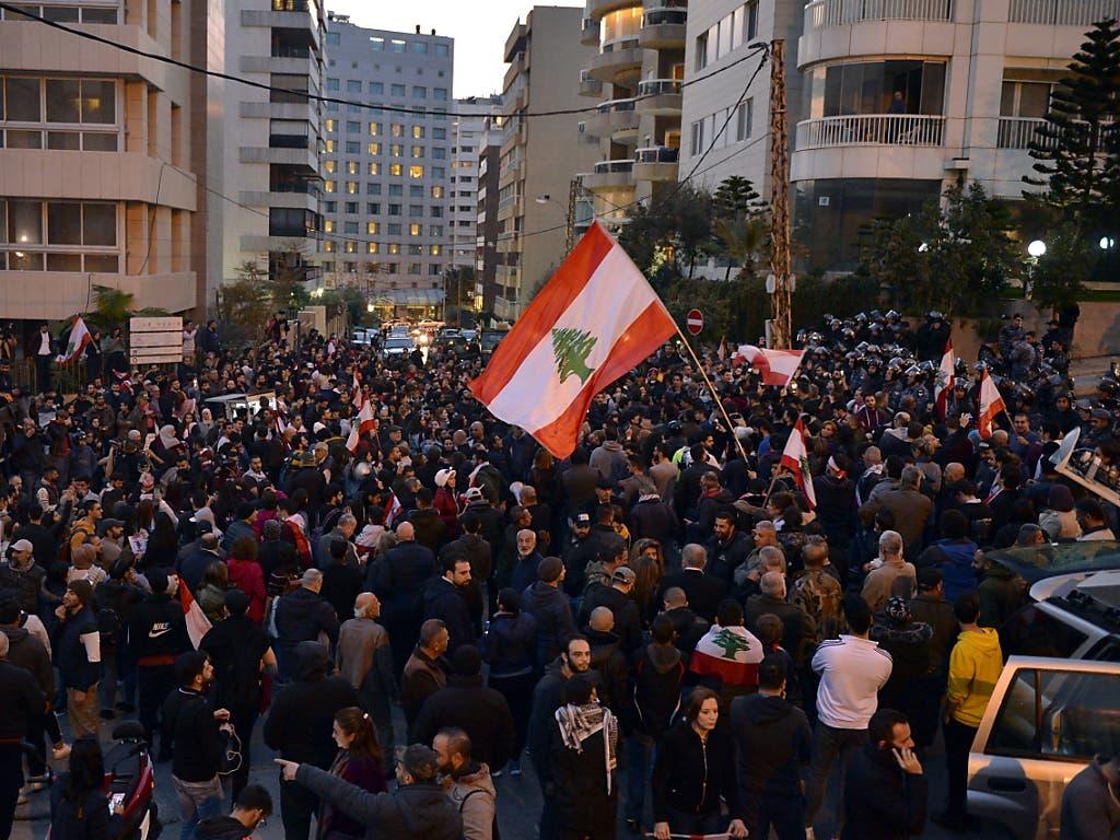 Zurück auf der Strasse: Die Proteste gegen die politische Elite im Libanon sind wieder voll entbrannt.