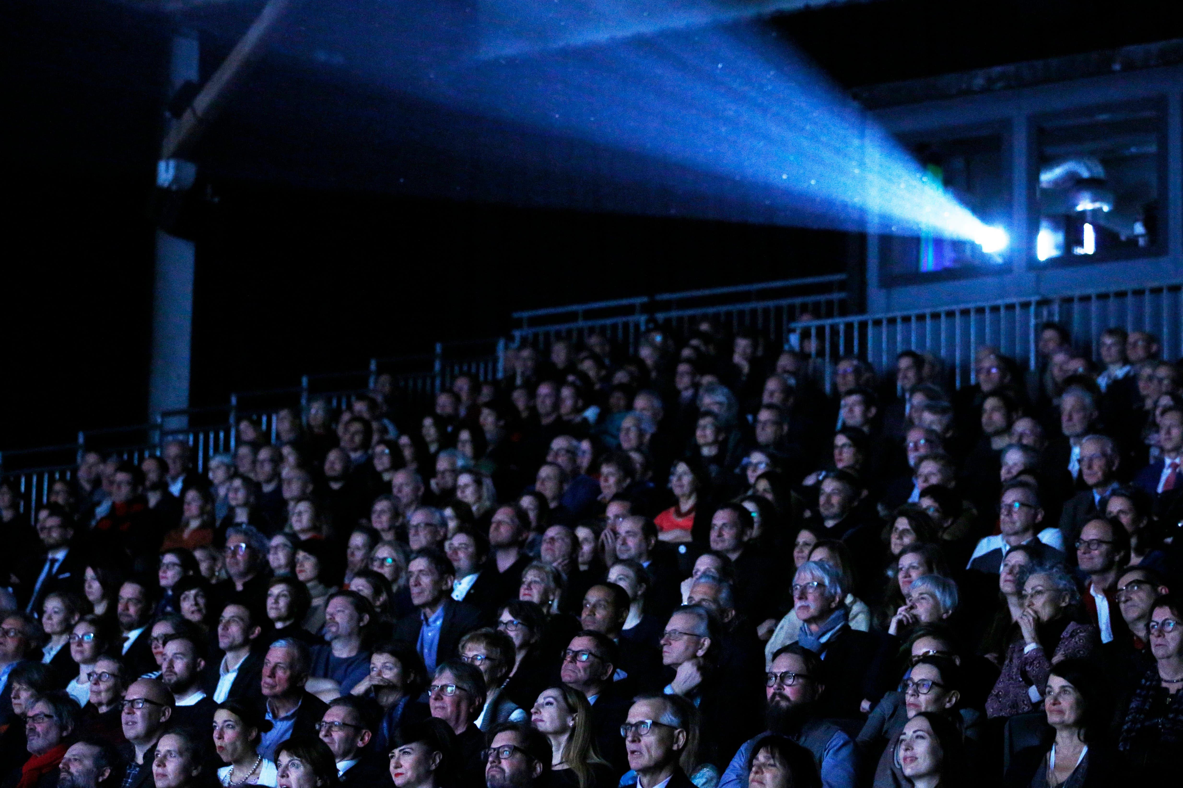 Eröffnungsfilm  «Moskau Einfach!», die Liebeskomödie von Micha Lewinsky, eröffnet am Mittwoch, 22. Januar, die 55. Ausgabe der Solothurner Filmtage. «Moskau Einfach!» läuft auch am Sa., 25.1. und Di., 28.1.
