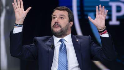 Der ehemalige italienische Innenminister Matteo Salvini hat die Betreuungsstrukturen für Asylsuchende massiv heruntergefahren: (Bild: Maurizio Brambatti, EPA)
