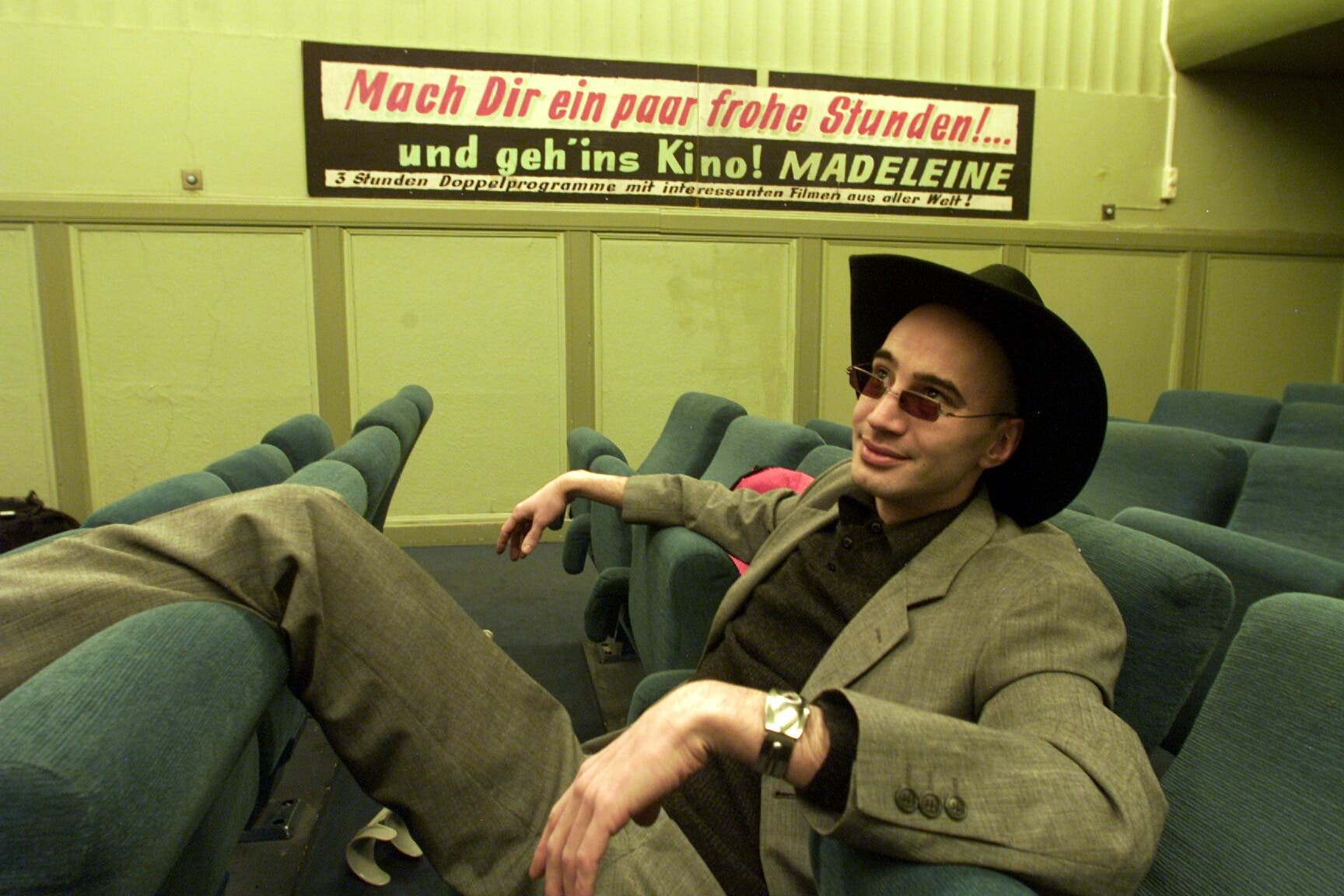 Sam Pirelli im Sexkino «Madeleine». Es schloss 2001 seine Tore.