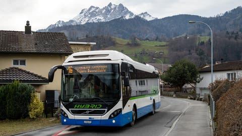 Gibt es nur noch bis Dezember 2021 zu sehen: ein 16er-Bus im Kuonimatt-Quartier. (Bild: Philipp Schmidli (Kriens, 17. Januar 2020))