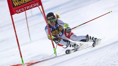 Switzerland's Lara Gut-Behrami competes during an alpine ski, women's World Cup parallel giant slalom in Sestriere, Italy, Sunday, Jan. 19, 2020. (AP Photo/ Marco Trovati) (Marco Trovati, AP)