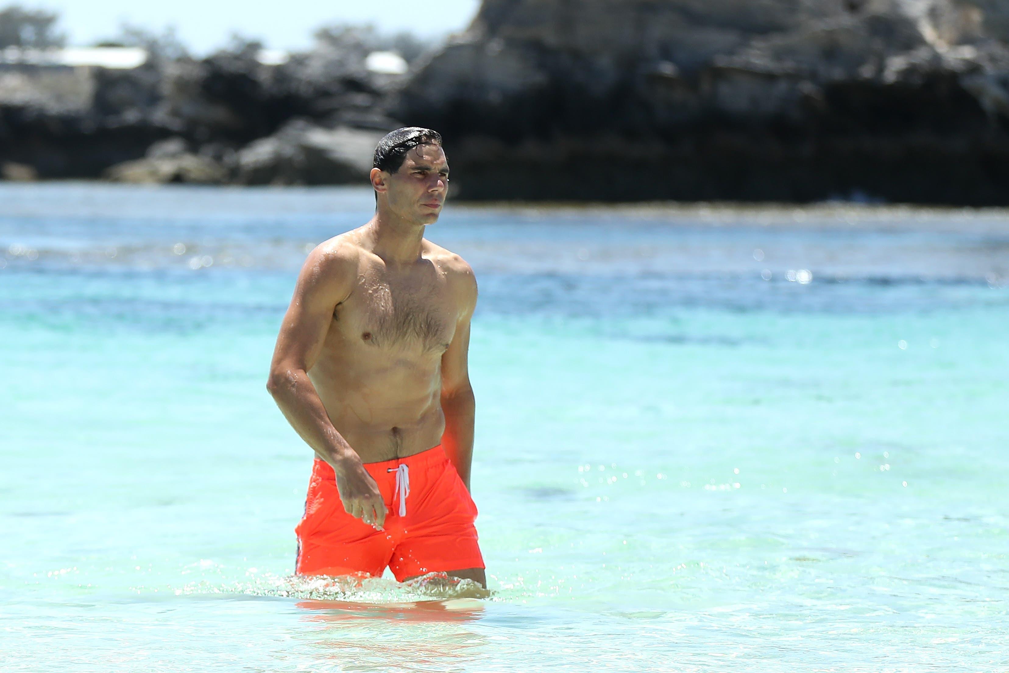 Rafael Nadal an einem Strand bei Perth.