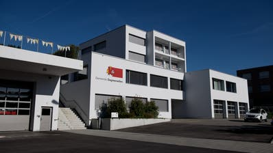 Das Gemeindehaus von Dagmersellen: Drei von fünf Gemeinderäten treten am 29. März nicht mehr zu den Wahlen an. (Bild: Corinne Glanzmann (11. Oktober 2019))