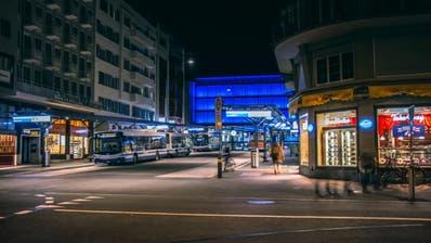 Zuger Kantonsräte wollen den Nachtzuschlag abschaffen