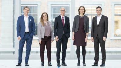 Der aktuelle St.Galler Stadtrat (von links) mit Peter Jans und Maria Pappa (beide SP), Stadtpräsident Thomas Scheitlin (FDP), Sonja Lüthi (GLP) und Markus Buschor (parteilos). (Bild: PD/Daniel Ammann)