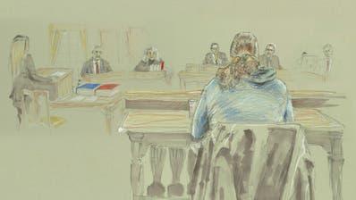 Der Angeklagte zeigte sich vor Gericht geständig. (Zeichnung:Erika Bardakci-Egli)