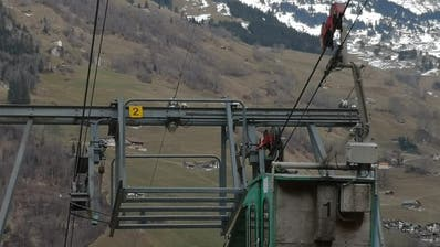 Mittlerweile ist die Luftseilbahn Witerschwanden-Eggenbergli wieder in Betrieb. (Bild: Kantonspolizei Uri)