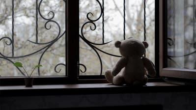 Möglichst «normal» weiterleben: Wenn Kinder Opfer von Missbrauch wurden, brauchen sie vor allem Sicherheit und Stabilität. (Eranicle / iStockphoto)
