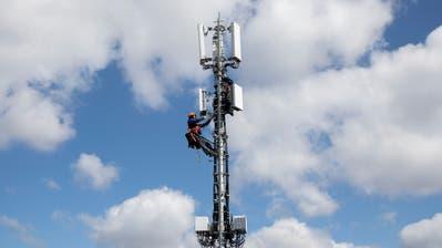 Eine 5G-Antenne. (Bild: Peter Klaunzer/Keystone)