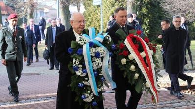 Auschwitz soll ewig warnen: 200 Holocaust-Überlebende nahmen an der Gedenkfeier im ehemaligen KZ teil