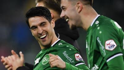19 Partien, 4 Tore, 8 Assists: Victor Ruiz (links) ist beim FC St.Gallen zu einem Leistungsträger gereift. (Gian Ehrenzeller/Keystone)