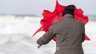 Auf Sturmböen folgen frühlingshafte Temperaturen – was ist mit dem Wetter los?