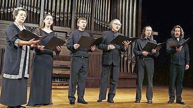 Das Ensemble Gilles Binchois interpretiert 800 Jahre alte Gesänge.